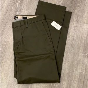 Banana Republic Pants - Emerson stretch chino new with tags 34x32